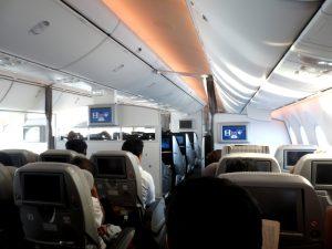 飛行機へ充電器の持ち込みは大丈夫?飛行機に充電器やモバイルバッテリーを持ち込む時の注意点