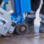 安全靴の蒸れはどうすればいい!?蒸れの対策と消臭方法