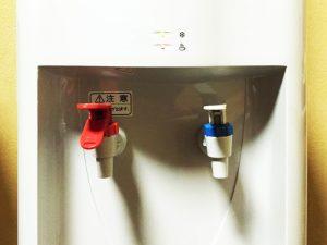ウォーターサーバーからすぐにお湯が出るのはなぜ?ウォーターサーバーの仕組みについて